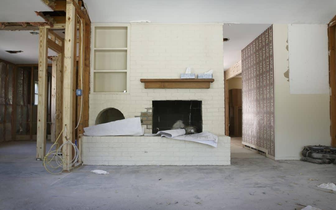 Should I DIY My Renovations or Hire a Professional?