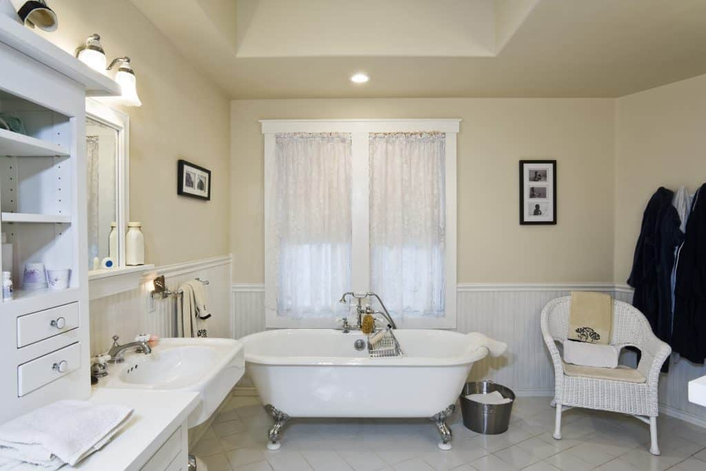 The clawfoot tub and the extra luxurious shower handle really make the space.
