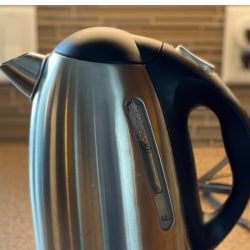 descale electric kettle