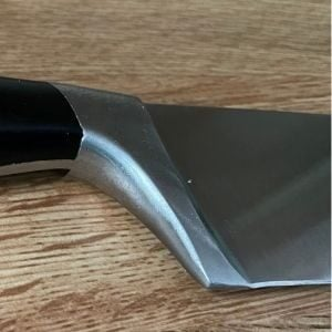 knife heel
