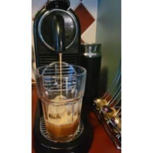 Nespresso citiz making espresso